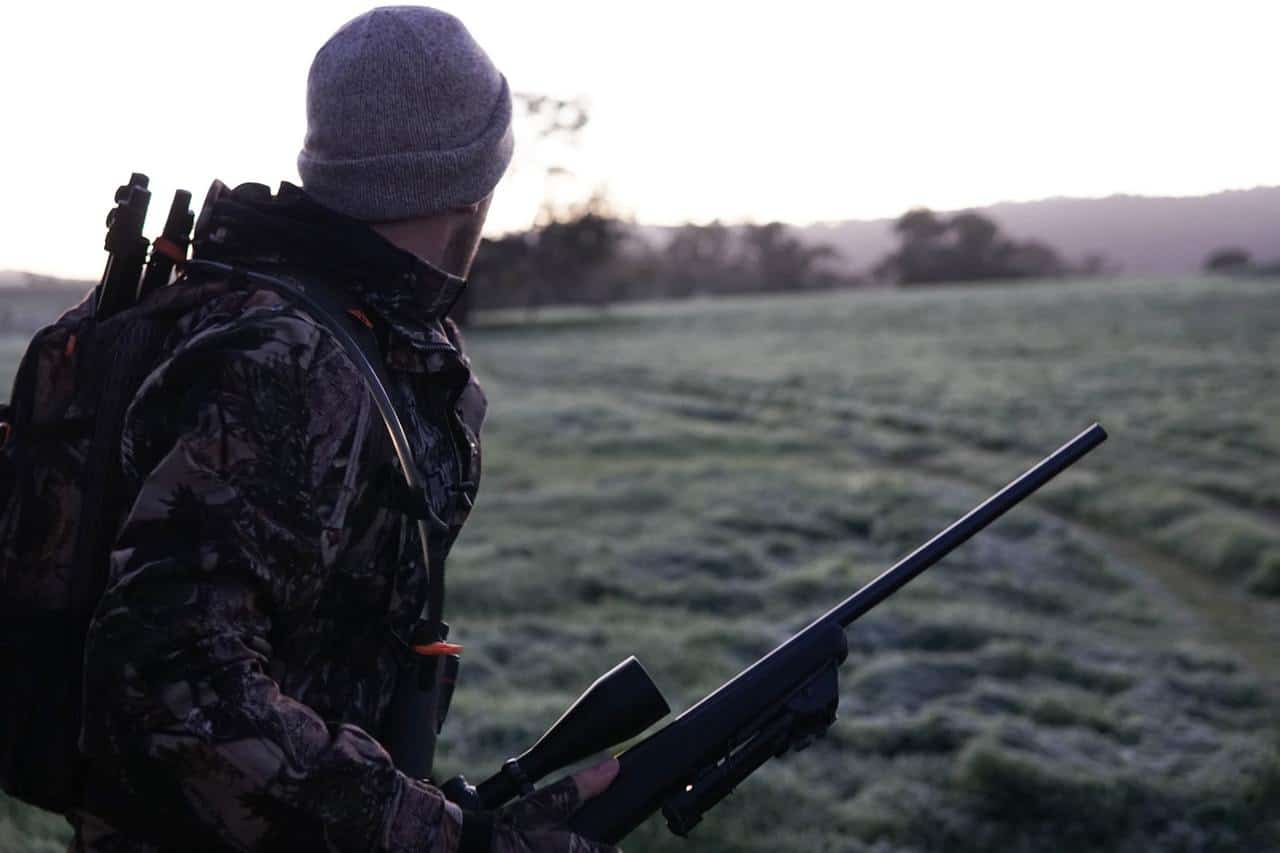 Best Scopes For Coyote Hunting – Reviews And A Full Buyers Guide